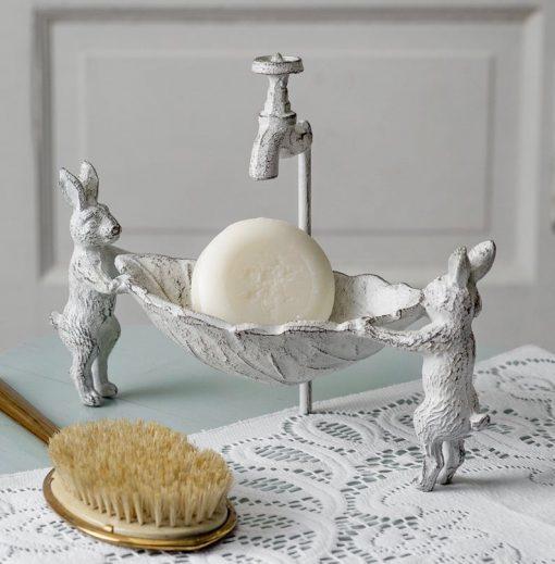 farmhouse cast iron bunny soap dish