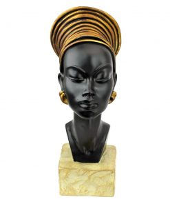 elinor resin kandake sculptural bust