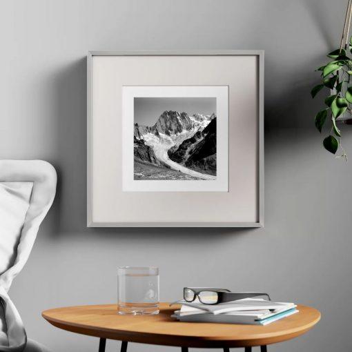 guinevere aluminum square picture frame