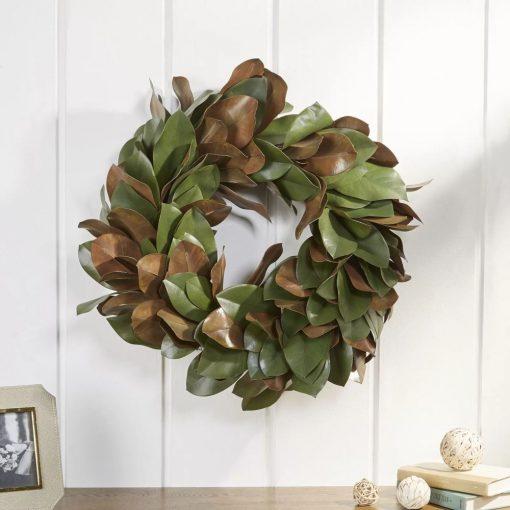 marta magnolia leaf plastic wreath
